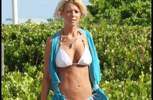 REPORTAGE PHOTOS : Tara Reid, son nouveau bikini est très joli, mais... trop petit !