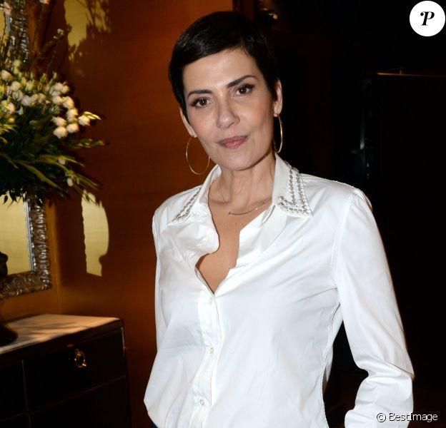 """Cristina Cordula - Cocktail de l'avant-première du film """"Five"""" Prix Cinéma 2016 de la Fondation Barrière à l'hôtel Fouquet's Barrière à Paris, le 14 mars 2016. © Rachid Bellak/Bestimage"""