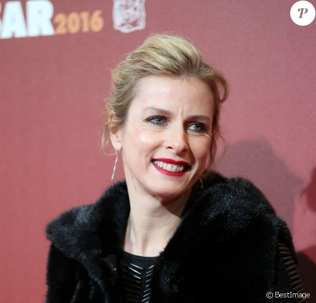 Karin Viard - Photocall lors de la 41e cérémonie des Cesar au théâtre du Châtelet à Paris, le 26 février 2016. © Borde-Jacovides/Bestimage