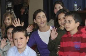 REPORTAGE PHOTOS : Ingrid Betancourt poursuit son périple sous... haute sécurité !