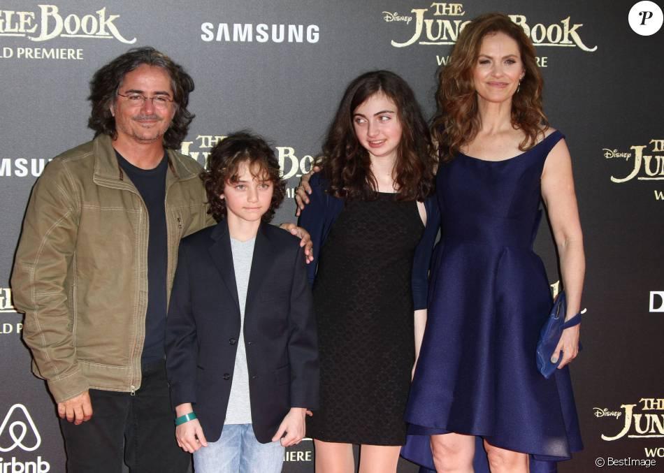 Amy brenneman son mari brad silberling et leurs enfants bodhi russell et charlotte tucker - Charlotte de turckheim et son mari ...