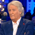 Patrick Sébastien dans  On n'est pas couché  sur France 2, le samedi 2 avril 2016.