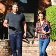 Ben Affleck et Jennifer Garner sortent ensemble d'un centre médical à Santa Monica. Ils sont très souriants malgré le fait qu'ils soient en plein divorce. Le 3 septembre 2015