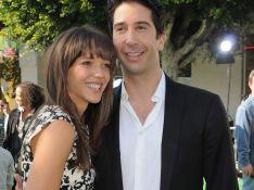 REPORTAGE PHOTOS : David Schwimmer, Ross de 'Friends', ne lâche plus sa jolie fiancée !