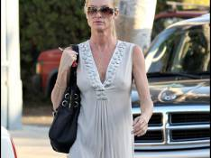 REPORTAGE PHOTOS : Nicollette Sheridan, ses genoux trahissent son âge !