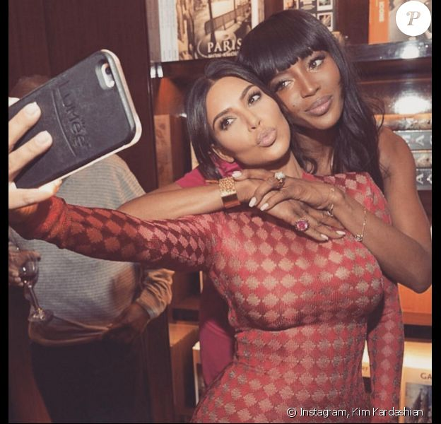 Kim Kardashian et Naomi Campbell à la librairie TASCHEN à Beverly Hills. Photo publiée le 28 avril 2016.