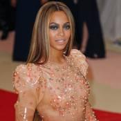 Met Gala 2016 : Découvrez les tenues des stars moquées sur la Toile !