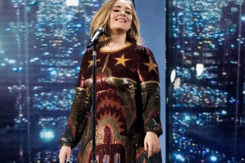 """Adele : La star propose d'être """"mère porteuse""""..."""