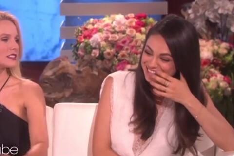 """Mila Kunis hilare et gênée : Le sexe avec Ashton Kutcher ? """"C'est génial !"""""""