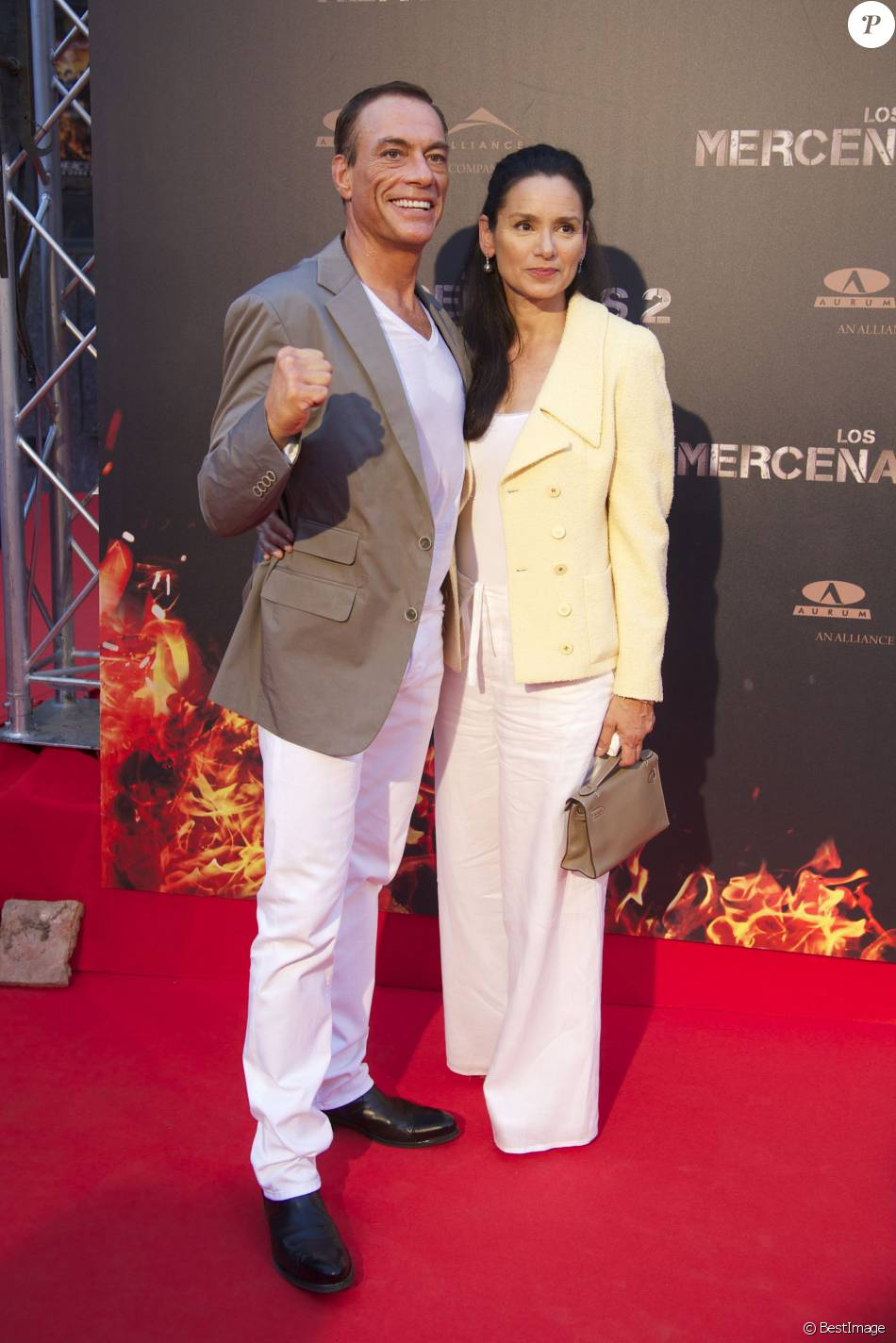 Jean claude van damme et sa femme gladys portugues la premi re du film expandables 2 madrid - Jean francois balmer et sa femme ...