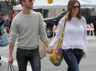 """Anne Hathaway encensée par son mari : """"C'est une mère vraiment formidable"""""""