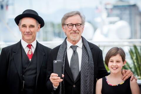 Cannes 2016 : Steven Spielberg, son acteur oscarisé en géant et une polémique ?