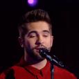 MB14 chante avec Kendji Girac lors de la finale de The Voice 5, sur TF1, le samedi 14 mai 2016