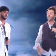 Slimane chante avec Christophe Maé lors de la finale de The Voice 5, sur TF1, le samedi 14 mai 2016
