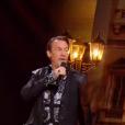 Slimane chante avec Florent Pagny lors de la finale de The Voice 5, sur TF1, le samedi 14 mai 2016