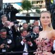 """Natasha Poly, habillée d'une robe Prada - Montée des marches du film """"Julieta"""" lors du 69ème Festival International du Film de Cannes. Le 17 mai 2016. © Olivier Borde-Cyril Moreau/Bestimage"""