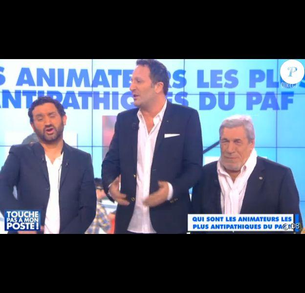 Cyril Hanouna, Arthur et Jean-Pierre Castaldi (père de Benjamin Castaldi), dans Touche pas à mon poste sur D8, le jeudi 9 avril 2015.