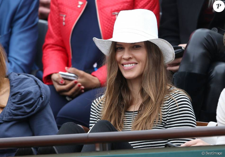 Hilary Swank assiste à la finale dames aux internationaux de France de Roland-Garros à Paris le 3 juin 2016. © Moreau - Jacovides / Bestimage