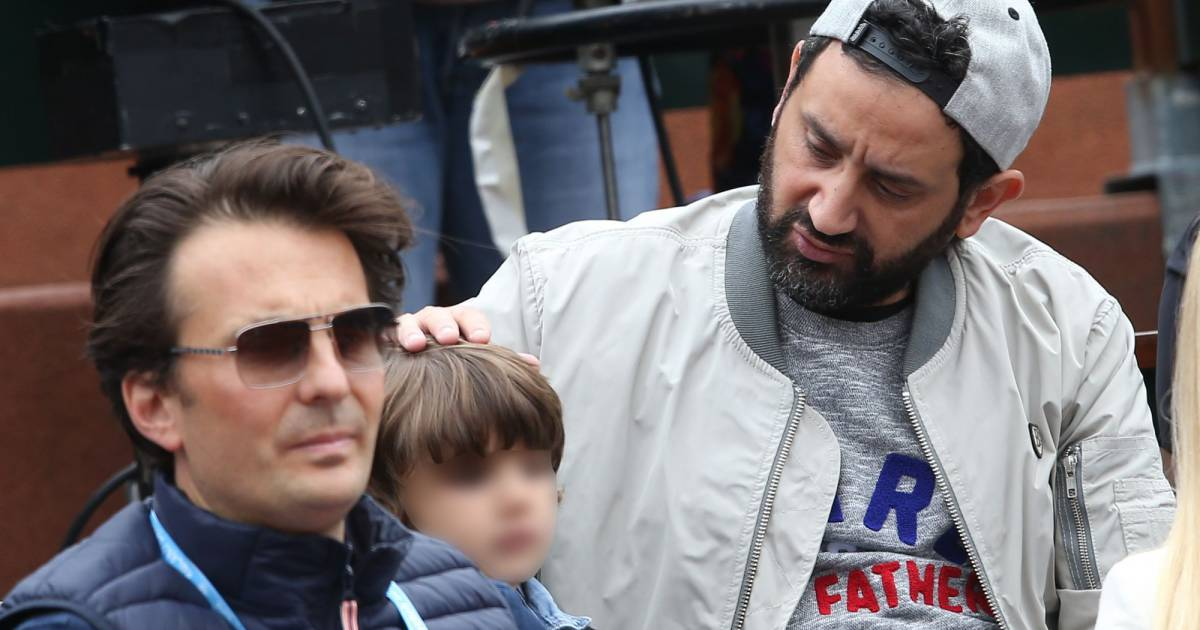 cyril hanouna et son fils lino la finale dames aux internationaux de france de roland garros. Black Bedroom Furniture Sets. Home Design Ideas