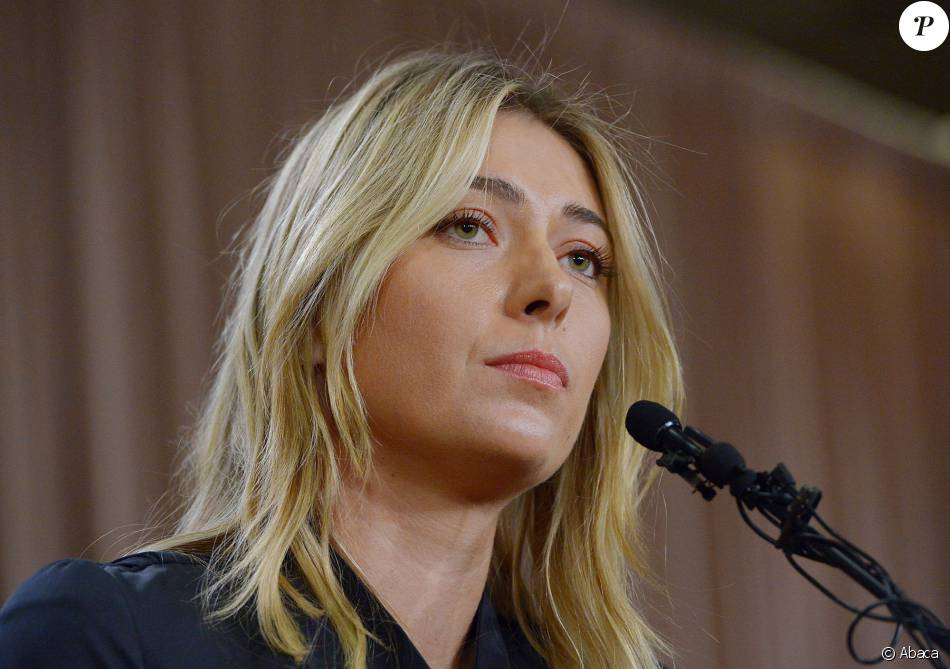 Maria Sharapova annonce avoir été dopée au The LA Hotel Downtown à Los Angeles, le 7 mars 2016.