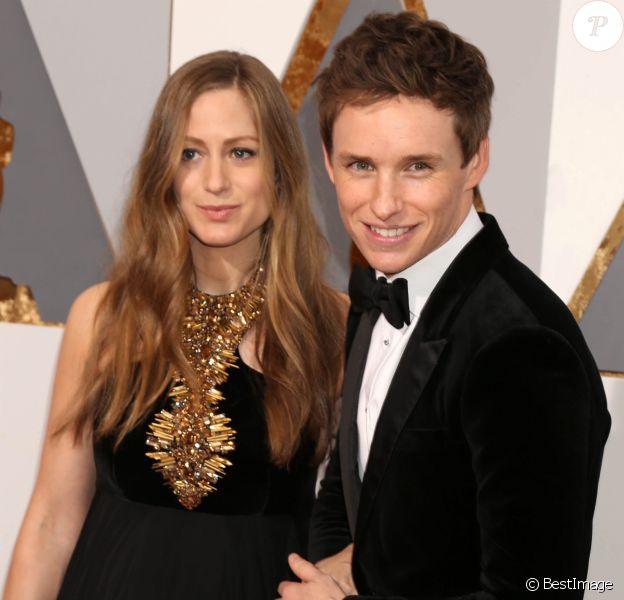 Eddie Redmayne et sa femme Hannah Bagshawe - Photocall de la 88ème cérémonie des Oscars au Dolby Theatre à Hollywood. Le 28 février 2016
