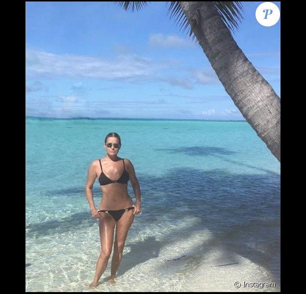 Yolanda Hadid en vacances à Tahiti
