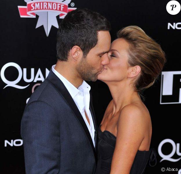 Becki Newton et Chris Diamantopoulos