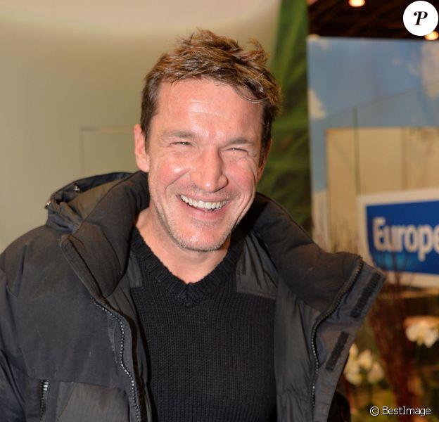 Benjamin Castaldi sur le plateau de la radio Europe 1 au salon international de l'Agriculture à Paris, le 25 février 2015.