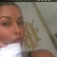 Ayem Nour fait un placement de produit jeudi 30 juin 2016,sur Snapchat