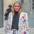 Olivia Palermo-Défilé Schiaparelli (collection haute couture automne-hiver 2016/2017), place Vendôme. Paris, le 4 juillet 2016.
