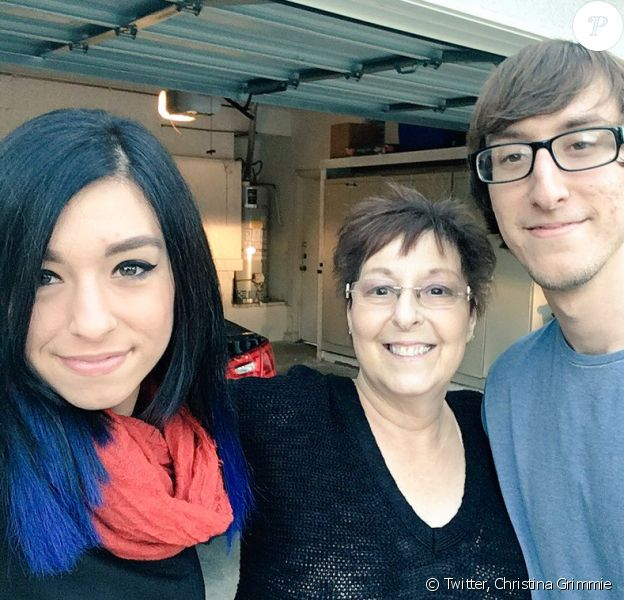 Christina Grimmie avec sa maman et son frère en mai 2016.