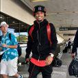 Le chanteur Trey Songz arrive à l'aéroport de LAX à Los Angeles pour prendre l'avion, le 5 octobre 2015