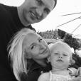 Hayden Panettiere répond en photo aux rumeurs de rupture avec son fiancé Wladimir Klitschko, sur Twitter le 8 juillet 2016