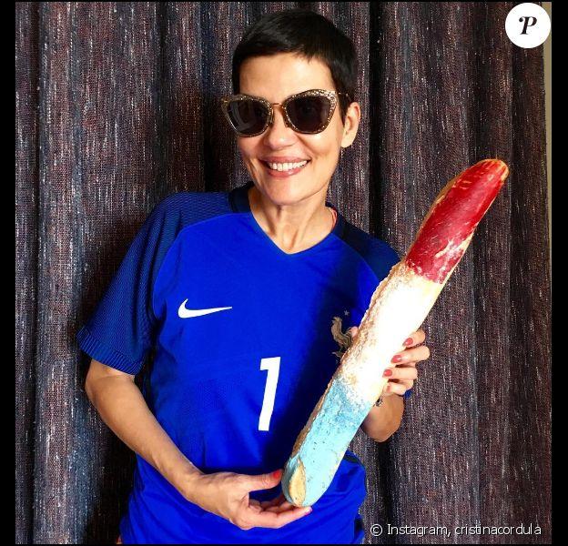 Cristina Cordula soutient les Bleus et ne le cache pas ! Juillet 2016.