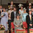 Le prince Felix et la princesse Claire de Luxembourg, ici à gauche au second rang avec la famille grand-ducale lors de la messe à l'occasion de la Fête nationale le 23 juin 2016, attendent leur deuxième enfant pour l'automne 2016. © Cour grand-ducale de Luxembourg / Charles Caratini / Tous droits réservés