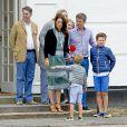 La princesse Alexandra, Graf Jefferson von Pfeil, Gräfin Ingrid, la princesse Mary, Le prince Frederik, le prince Vincent, le prince Christian - La famille royale de Danemark lors d'un photocall au palais de Grasten, le 15 juillet 2016.15/07/2016 - Grasten