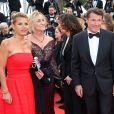 """Laura Ténoudji et Christian Estrosi - Montée des marches du film """"Café Society"""" pour l'ouverture du 69ème Festival International du Film de Cannes. Le 11 mai 2016."""