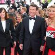 """Denise Fabre, Christian Estrosi, Nicole Rubi, Laura Ténoudji - Montée des marches du film """"Café Society"""" pour l'ouverture du 69ème Festival International du Film de Cannes. Le 11 mai 2016."""