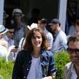 Doria Tillier et son compagnon Nicolas Bedos dans le village lors de la finale du tournoi de tennis de Roland-Garros à Paris, le 6 juin 2015.