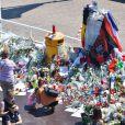 Hommage aux victimes de l'attentat de la Promenade des Anglais a Nice qui a fait 84 morts, à Nice le 19 juillet 2016. © Lionel Urman/Bestimage  Tribute to the victims of the bombing of the Promenade des Anglais which made 84 died in Nice, on July 19 2016.19/07/2016 - Nice