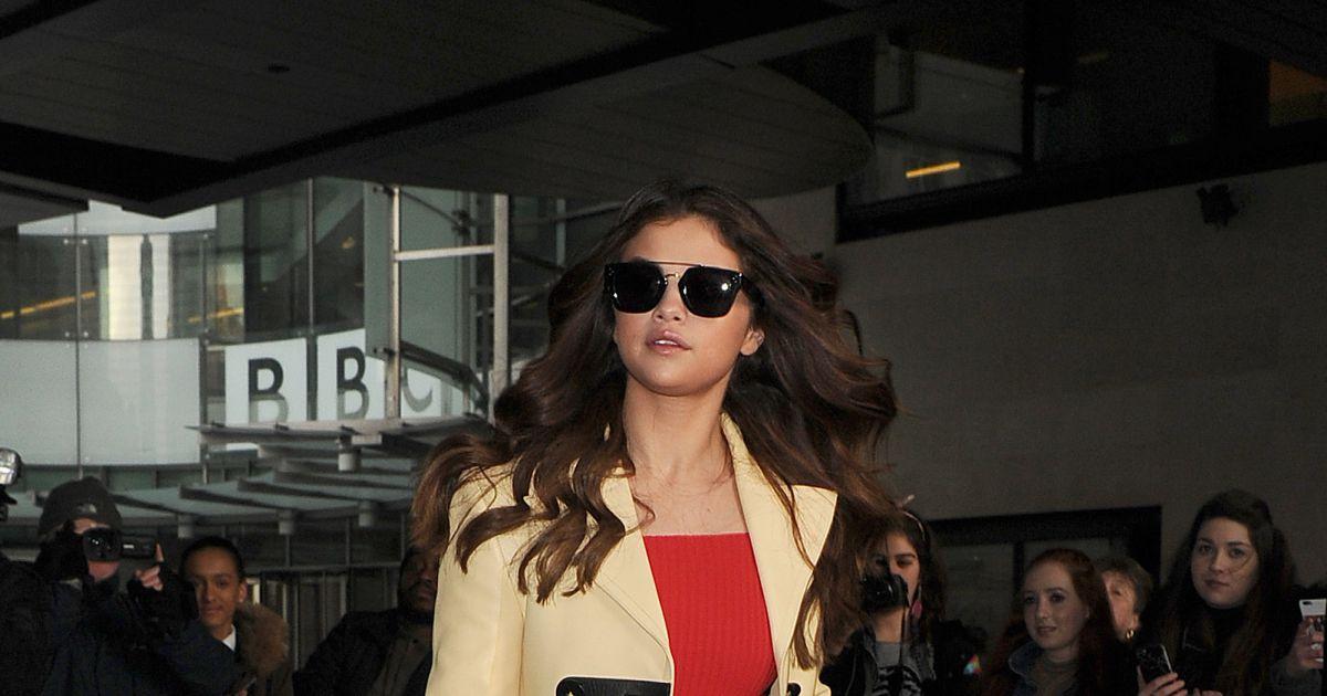 Selena gomez aux studios de la bbc londres le 11 mars for Salon pure lons