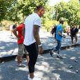 Semi-exclusif - Philippe Mexès en pleine partie lors du 9e Star West Pétanque à Arcachon, France, le 7 août 2016. © Jean-Marc Lhomer/Bestimage