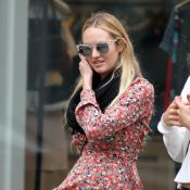 Candice Swanepoel : Future maman radieuse pour une baby shower sauvage