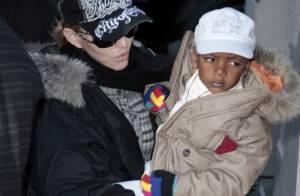 REPORTAGE PHOTOS : Depuis son divorce, Madonna ne lâche plus ses enfants...
