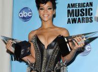 REPORTAGE PHOTOS : Rihanna rafle tout sur son passage ! Son chéri en fait autant !