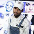 """Chris Brown - Soirée L'Oréal Paris """"Blue Obsession"""" à l'occasion des 10 ans de collaboration de Doutzen Kroes, dans la suite L'Oréal à l'hôtel Martinez, lors du 69ème Festival International du Film de Cannes. Le 18 mai 2016"""