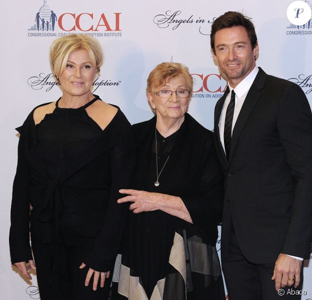 "Hugh Jackman, Deborra-lee Furness et sa mère Faye Duncan - ""15th Annual Angels in Adoption awards"" à Washington le 9 octobre 2013"