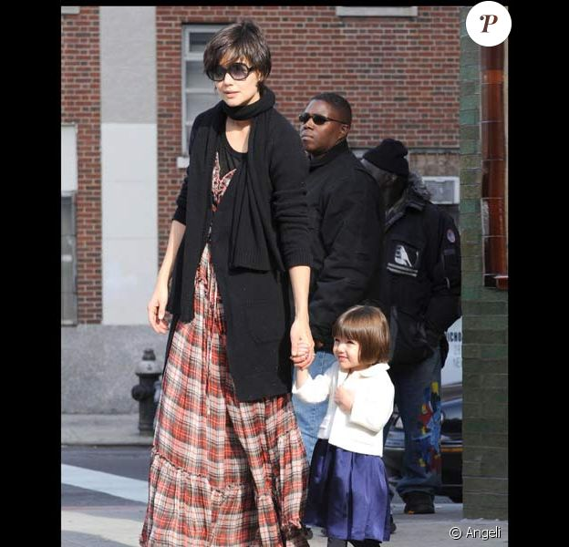 Katie Holmes et Suri à New York, le 24/11/08