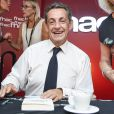 """Nicolas Sarkozy en séance de dédicaces pour son livre """" Tout pour la France """" à la Fnac des Ternes à Paris le 10 septembre 2016 . © Pierre Perusseau / Bestimage"""