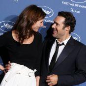 Doria Tillier et Nicolas Bedos : Couple charmant aux regards complices